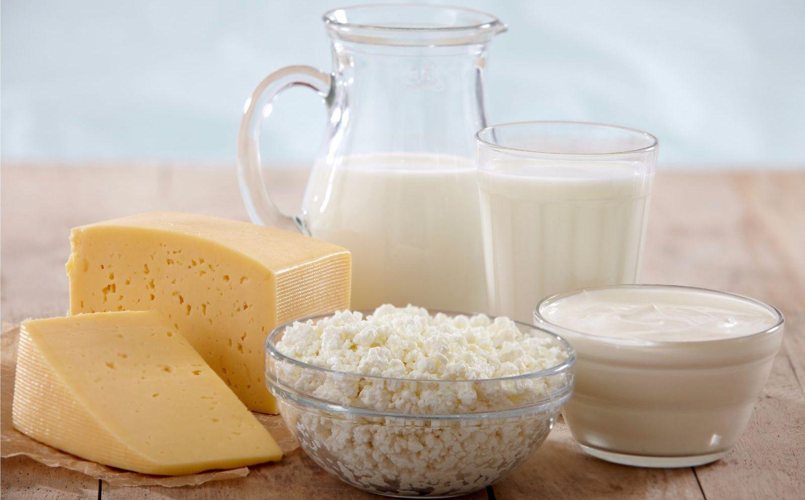 Как сделать творог из коровьего молока в домашних